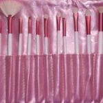 Kit de 18 pincéis branco e rosa