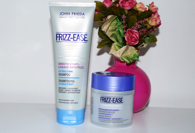 Resenha: shampoo Frizz Easy e Máscara miraculous Frizz Easy John Frieda