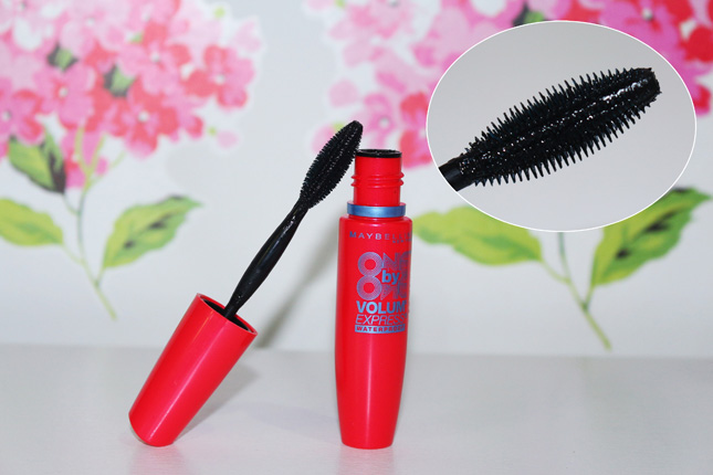 Resenha: One by One Volum Express Maybelline Waterproof