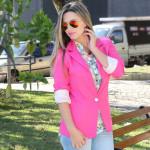 Look: blazer rosa + jeans claro