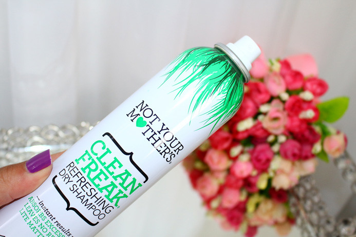 Clean Freak refreshing dry shampoo shampoo a seco