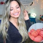 Ondas no cabelo com as esponjinhas rosa do Ali