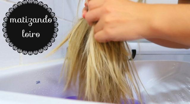 Matizando o cabelo loiro com Violeta genciana